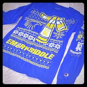 3/$20🌠 ✈️Embry-Riddle long sleeved  X-mas tee 🦅